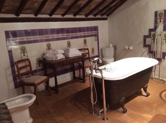 Hostellerie Le Castellas: la salle de bain