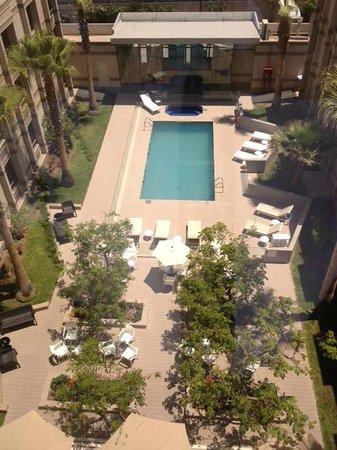 Holiday Inn Express Iquique: piscina y terraza