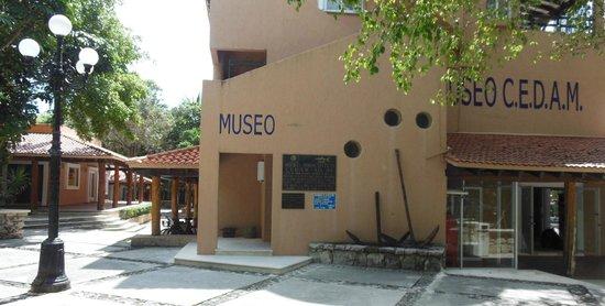 Omni Puerto Aventuras Beach Resort : nearby museum