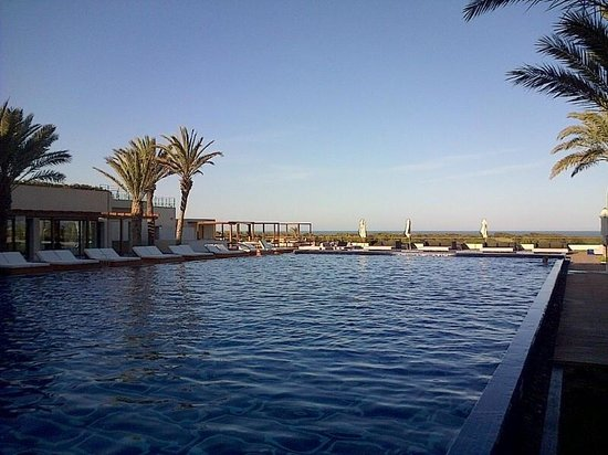 Sofitel Essaouira Mogador Golf & Spa : Piscine centrale chauffée