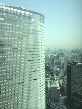 Conrad Tokyo: View from breakfast table on lounge floor