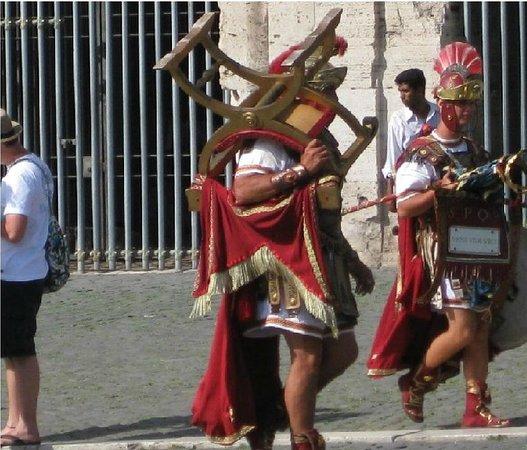 Roman Candle Tours : Gladiadores beleza humana! hum !!
