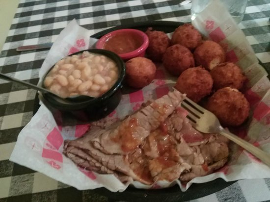 Smokin Joes: Sliced beef brisket w white beans & extra hushpuppies