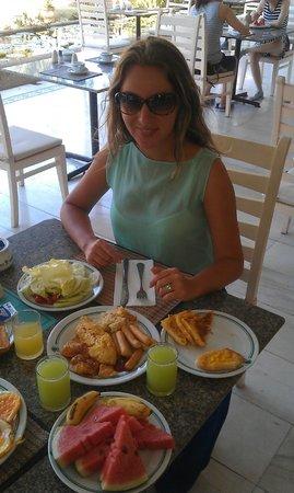 Thavorn Palm Beach Resort: завтрак