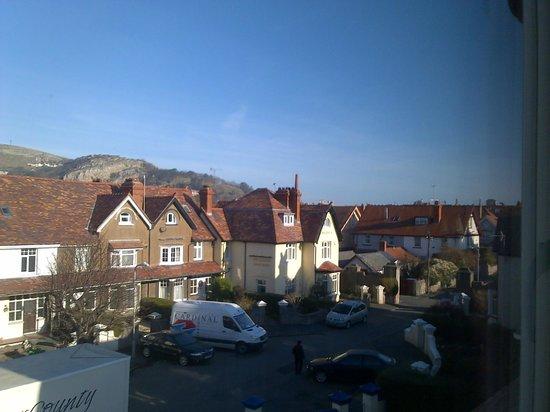 Cornerways Guesthouse : view from bedroom window