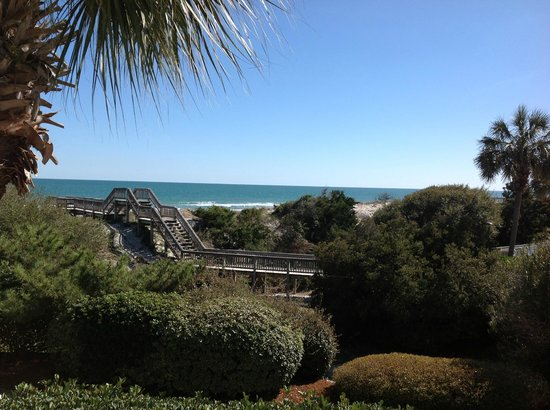 Litchfield Beach & Golf Resort: View from the living room and deck