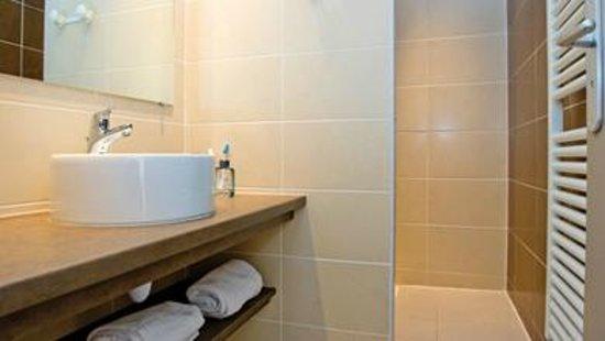 Residence VTF - Le Grand Hotel : salle de bains