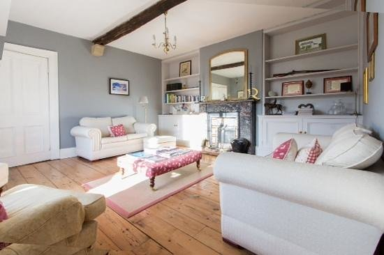 Thormanby, UK: guest lounge