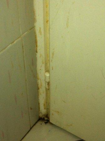 Ramada Liberty Resort Hotel: salle de bain