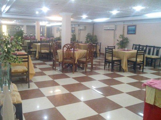 Savanna Inn: Restaurant
