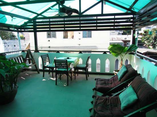 Top Garden Boutique Guesthouse: Terrasse
