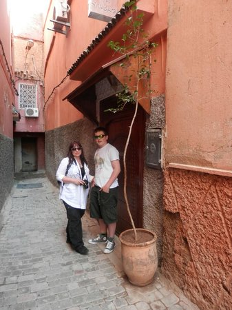 Riad Villa El Arsa : Front door