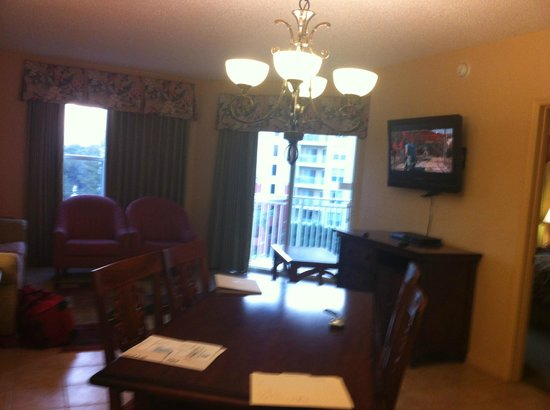 Vacation Village at Parkway: Large Living Room