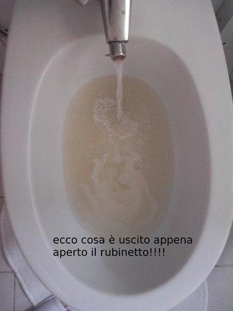 Hotel San Marco: acqua colorata