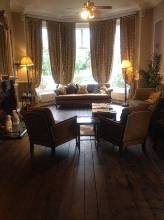 Marmadukes Town House Hotel: Lovely reception/lounge area