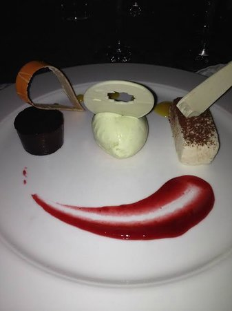 The Cliff at Cap Maison : Artistic Desserts