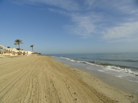 Zita Beach Resort: mer