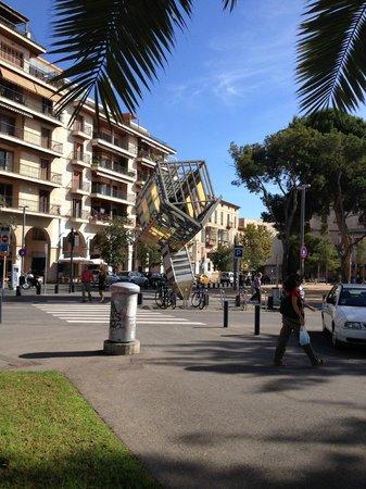 City Sightseeing Palma de Mallorca : house on top in Santa Catalina
