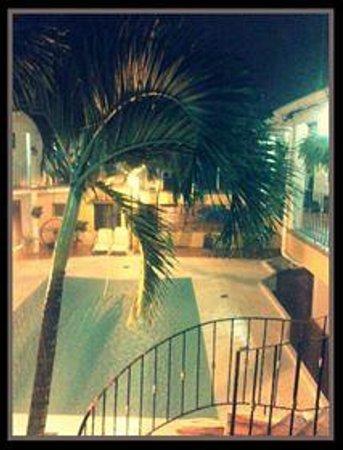 Hotel Hacienda Real: Piscina.