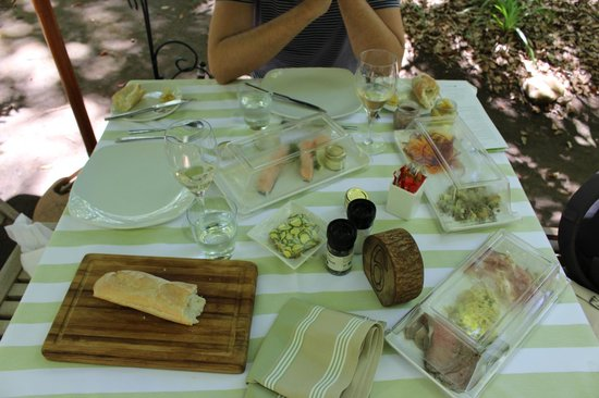 Vergelegen Estate: Gourmet picnic