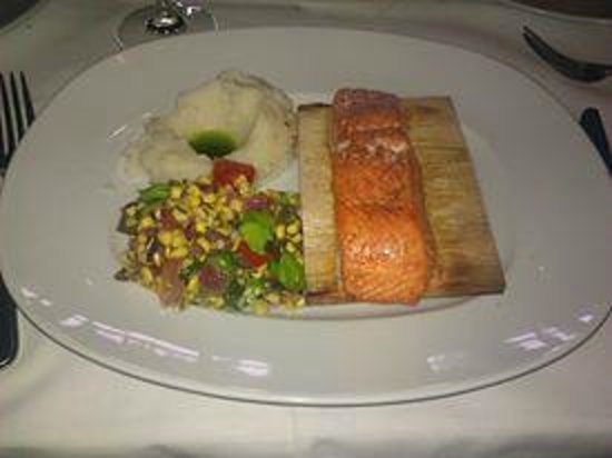 Snake River Grill: Salmon