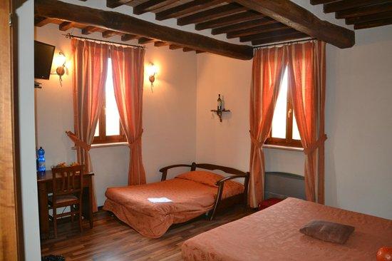 Bed & Breakfast Fonte dei Tufi: camera