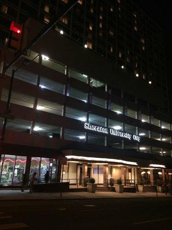 Sheraton Philadelphia University City Hotel: Entrace