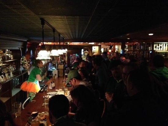 O'Connor's Restaurant & Bar : Shannon Bar at O'Connor's