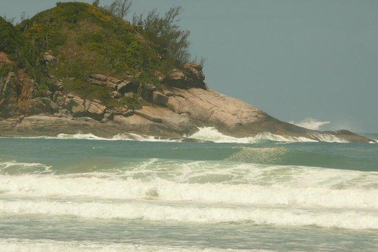 Geriba Beach : morros