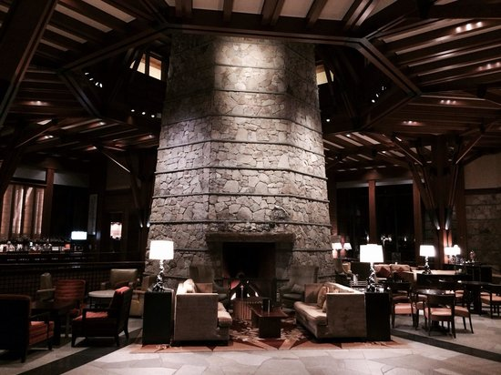 The Ritz-Carlton, Lake Tahoe : Impressive lobby