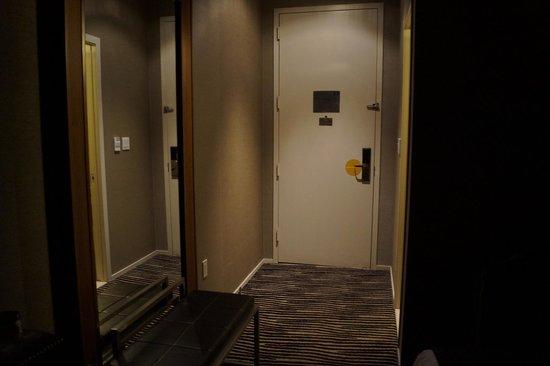 The Bentley Hotel: Entrée chambre