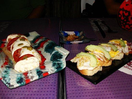 Los Peleones: Delicia de ensalada y pan casero!!
