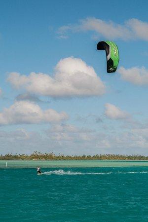 Kiteboard Aitutaki: Kiteboarding Aitutaki