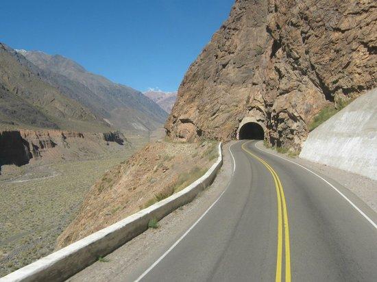 Las Cuevas, อาร์เจนตินา: Uno dei tunnel del percorso