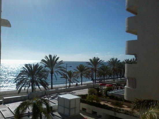 Aparthotel Puerto Azul Marbella: Sea Views