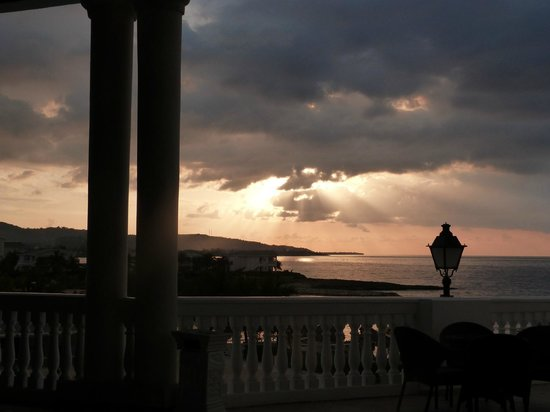 Grand Palladium Jamaica Resort & Spa: Atardecer desde Infinity Bar
