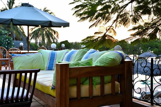 Temple Point Resort: Sonnenuntergangs-Terrasse