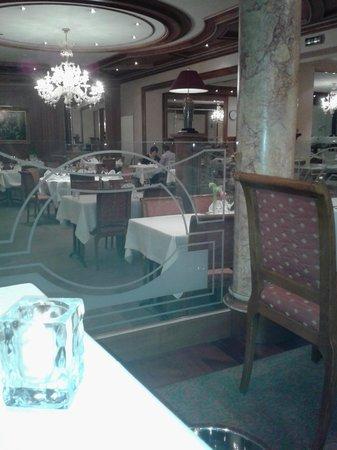 Hotel Koener : salle a manger pour le diner