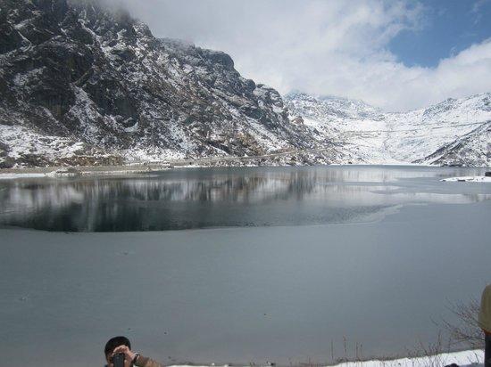 Tsomgo Lake: Tsongmo Lake