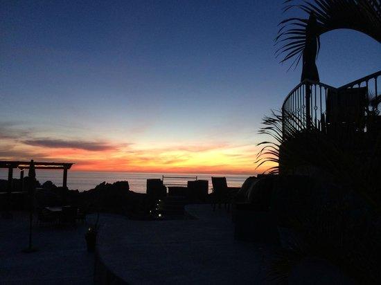 Arriba de la Roca: Dining sunset