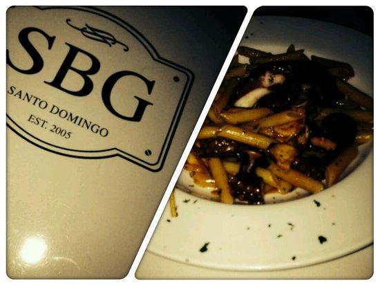 SBG Santo Domingo: cena-penne-pulpo