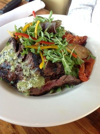 Yxta Salad with Seared Flank Steak