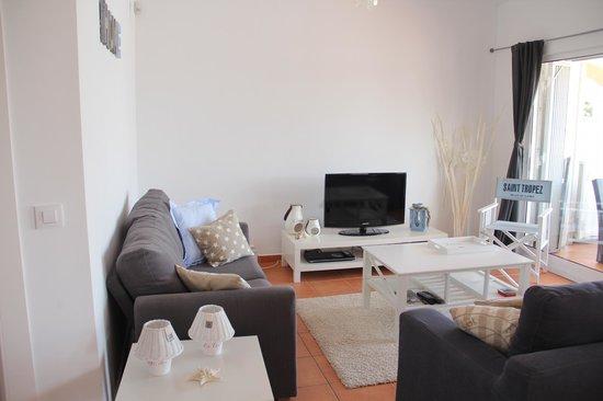 Appartement St.Tropeze, de woonkamer. - Picture of Villa Carpe Diem ...