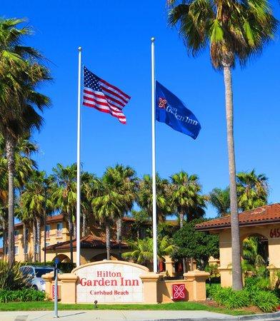 Hilton Garden Inn Carlsbad Beach : Hotel Entrance