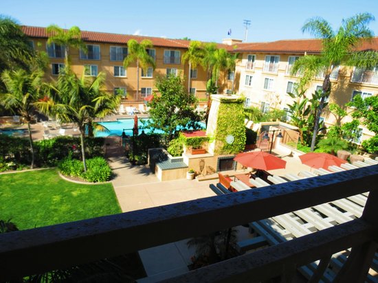 Hilton Garden Inn Carlsbad Beach: View from 3rd floor room