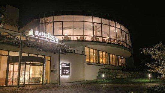 Raitelberg Resort: Frontansicht