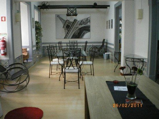 Lisbon Amazing Hostels - Se/Bairro Alfama: Common area