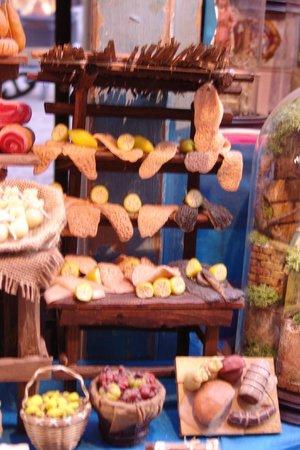 Via San Gregorio Armeno: il banco della trippa - miniatura