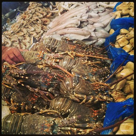 Dubai Deira Fish Souk: Глаза разбежались