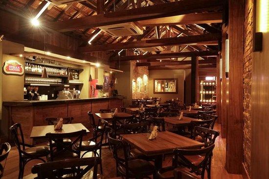 Z Cafe : Interior da loja.